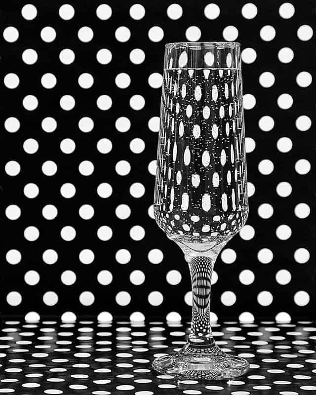 """""""Dot Theory"""" (© Elise Ange)"""