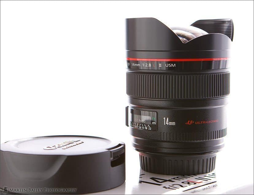Canon EF 14mm F2.8 L II USM with Lens Cap