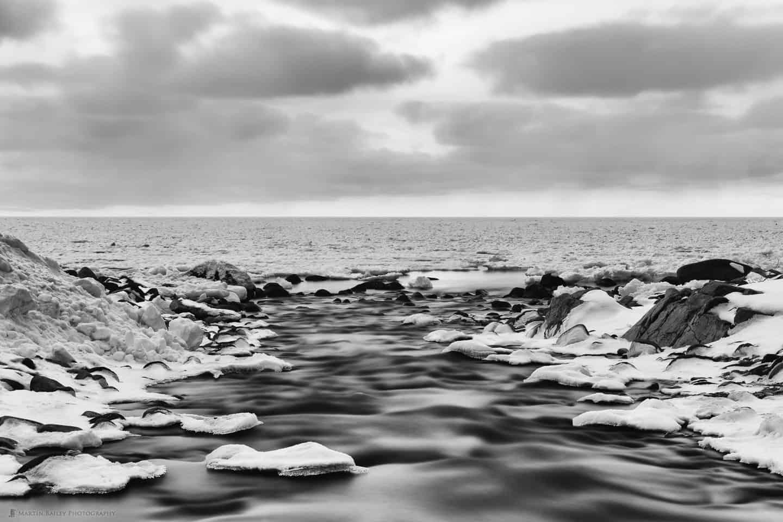 Utoro Ice Floe from River