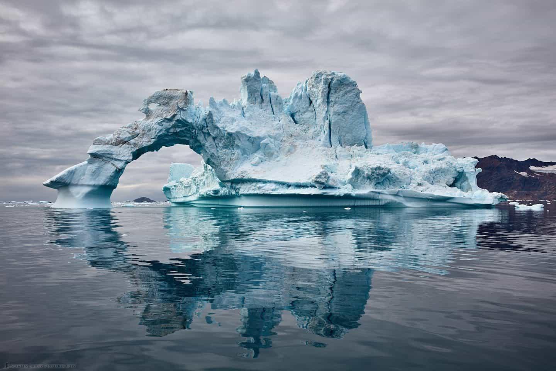 Ice Arch on Sermilik Fjord :: サーミリックフィヨルドのアイスアーチ