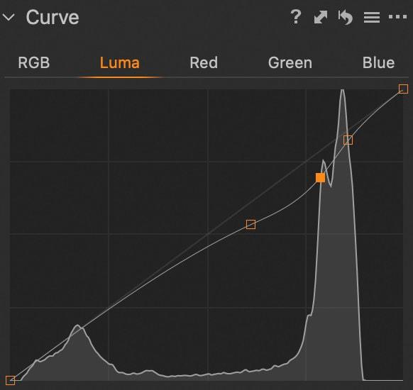 Snow Pillows Luma Tone Curve