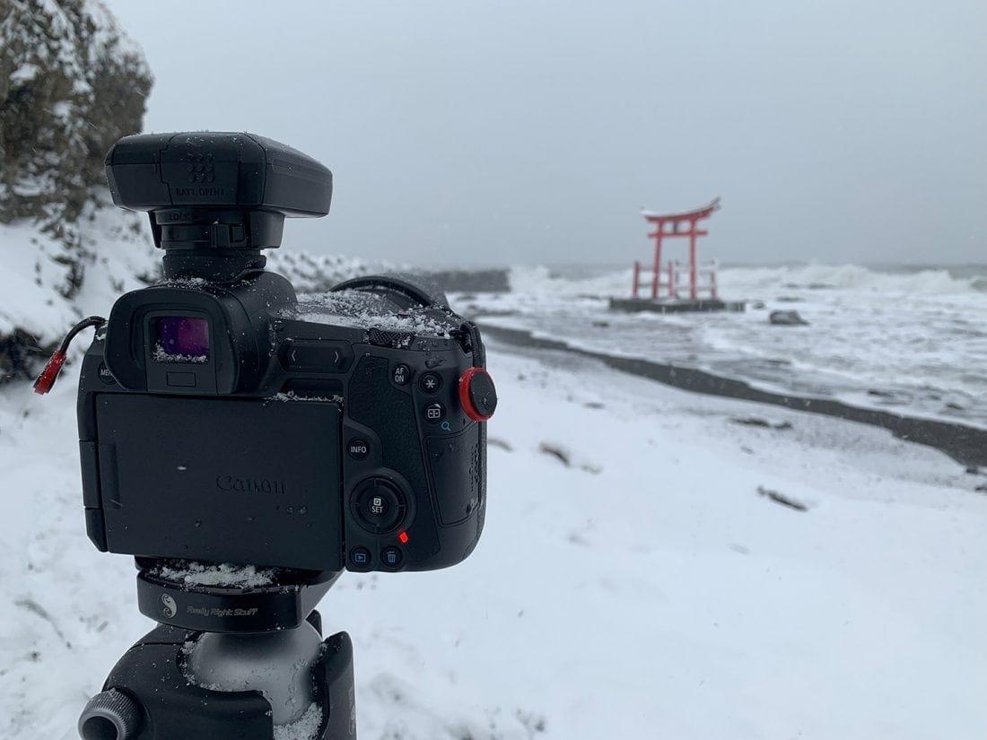EOS R in Snow